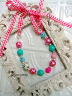 Girls Chunky Necklace, Girls Necklace, Childrens Jewelry, Tie On Necklace, Bubblegum Necklace, Chunky Beaded Necklace.