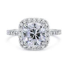 Cojín 1 3/4 CT Corte D/Vs2 diamante solitario anillo de compromiso oro 14K