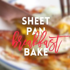 No need to dirty up another pan! You'll have a FULL BREAKFAST with eggs, bacon and cheesy crisp hash browns on ONE SINGLE PAN! What's For Breakfast, Breakfast Dishes, Breakfast Casserole, Breakfast Recipes With Eggs, Bacon Breakfast, Smoothies, Oven Fried Chicken, Cooking For Two, Fries In The Oven