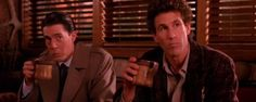 'Twin Peaks': el café y la nostalgia protagonizan el nuevo teaser de la T3  Noticias de interés sobre cine y series. Estrenos trailers curiosidades adelantos Toda la información en la página web.