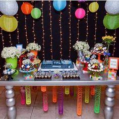 Festa Discoteca muito bacana e divertida para um menino de 12 anos! Por @caixadepoluka ✨ #kikidsparty