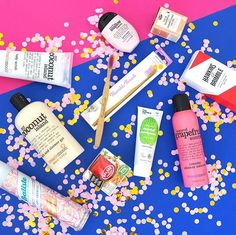 Giveaway time: Win the ultimate beauty giveaway aka everything you see on this picture from @batiste_schweiz @_treacle_moon_ @thehumble.co @hawkinsandbrimble and @baladeenprovence  How to participate?Follow me leave a comment here and tag a friend several tags mean several entries. Youll need a Swiss postal address to get your prize the giveaway ends on the 22nd of December. Good luck!  #saraisinlovewith #swissblogger #swissbeautyblogger #giveaway #curaprox #curaproxblackiswhite #oralcare… Beauty Giveaway, Shower Gel, You Got This, December, Tags, Body Wash, Its Ok