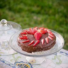 // paleo chocolate cake with strawberries