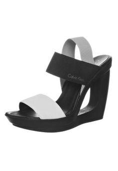 Snygg Klassiske sko Tamaris Sandaler M Kileh?l Black Damer