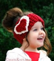 Fall in love... with this crocheted head warmer! A super quick project, that crochets up in no time with super bulky yarn! Perfect for Valentine's Day, or just to show someone how much you love them! Your loved ones are sure to be warm and adorable! Download here: The Cupid Head Warmer  This...