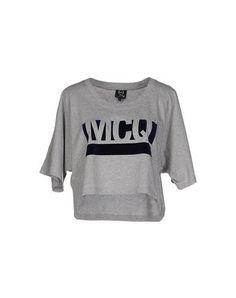 MCQ BY ALEXANDER MCQUEEN Tシャツ. #mcqbyalexandermcqueen #cloth #dress #top #skirt #pant #coat #jacket #jecket #beachwear #