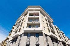Résidence étudiante Baudouin - Nice (06) © Ecliptique / Laurent Thion Laurent, Multi Story Building