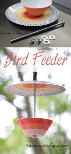 Comedero DIY para pájaros / Vía http://erinscreative.blogspot.ca
