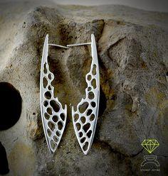 Coral Bone Earrings,Sterling silver Earrings de Dcastjoyas en Etsy