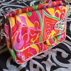 Best friend Purse! Cute and splits for bffs! Zips if you want it for yourself! jcpenney Bags Totes