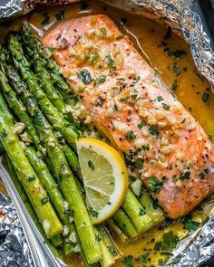 """Low Carb & Keto Weight Loss on Instagram: """"Baked Salmon and Asparagus in Foil with Lemon Garlic Butter Sauce . . . —— Ingredients: 2 slices of salmon fillet 2 tablespoons vegetable…"""""""