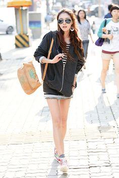 I love oversized zip-up hoodies!