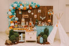 Shower Bebe, Baby Shower Fall, Baby Boy 1st Birthday Party, Baby Party, Grad Party Decorations, Baby Shower Decorations, Boy Baby Shower Themes, Baby Shower Parties, Fox Party