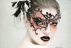Phantom-of-the-Opera-Venetian-Metal-Filigree-Laser-Cut-Masquerade-Mask
