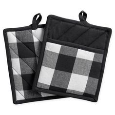 Alexander Henry Quilted Pot holders Chefs at Work,Set of 2