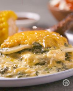 Add creamy spinach to your potato bake to take it from 0 to 100 📈😍👏 Creamy Spinach, Spinach Dip, Budget Freezer Meals, Quick Meals, Easy Snacks, Easy Healthy Recipes, Healthy Meals, Braai Recipes, Oven Recipes