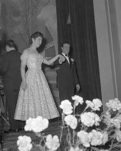 Il festival del 1956 stato dedicato ai cantanti - Franca raimondi aprite le finestre ...