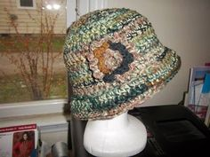 Hat with flower