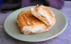 French onion grilled cheese | 18 Grilled Cheeses That Will Melt Your Brain