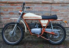 1971 Gilera Trial (including south UK delivery) SOLD, Standing many years, but with fresh fuel, runs and rides well. Triumph Motorcycles, Cars And Motorcycles, Retro Motorcycle, Vintage Motocross, Scooters, Ducati, Mopar, Vespa Vintage, Moped Bike