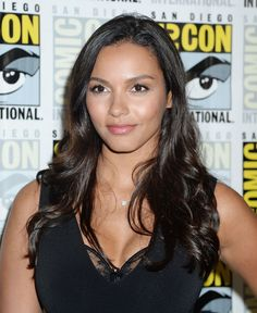 """Jessica Lucas – """"Gotham"""" Presentation at Comic-Con in San Diego - Celebrity Nude Leaked! Black Actresses, Hollywood Actresses, Marvel Dc Movies, Jessica Lucas, Gotham Girls, Tv Girls, Woman Face, Celebrity Photos, Wedding Hairstyles"""