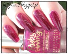 Betty Nails: Ruby Wings - POPPY - Photochromatic Color Changing Polish