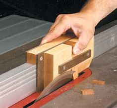 free plans woodworking resource from WoodworkingTips - free woodworking plans projects patterns