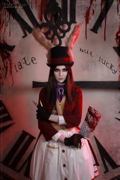 Alice Liddell in Late but Lucky dress from Alice Madness Returns I made this costume for about four years ago. So,many thanks to the photographer for what she gave a second life to this costu...
