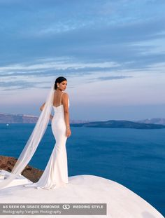 santorni greece elopement outdoor romantic vangelis photography
