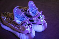 "Adidas Yeezy Boost 350 V2 ""Zebra"" [adidas ze] - $169.00 : Online Store for Adidas Yeezy 350 Sply V2,Adidas Yeezy 350 Boost , Adidas Yeezy 750 Boost,Adidas NMD Shoes,Adidas Ultra Shoes,Nike Sneakers at Lowest Price| Adidas Sports, Inc., designer adidas"