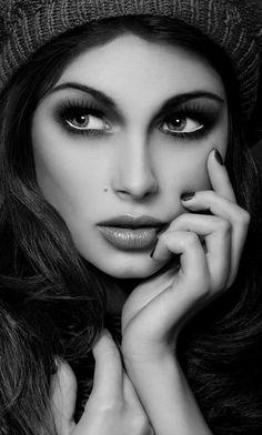 Brunette, black & white