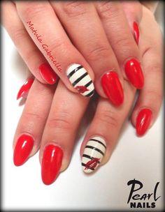 PearLac gél lakkokkal készült munka Matula Gabitól. Nails made by Gabriella matula with PearLac gel polishes. #pearlnails #gelpolish #valentinesday #nails #nailswag #nailswag #nails2inspire