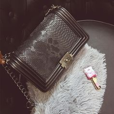 9bb174ab41808 New Fashion women Clutch handbag brief snakeskin pattern shoulder bags women  messenger bags leather Women Crossbody Bags-in Crossbody Bags from Luggage  ...