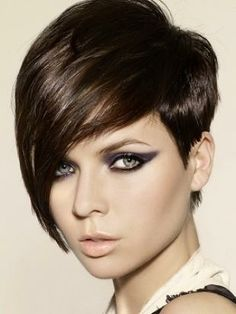Some ladies have a beautiful face to wear this...very lovely hairstyle !!