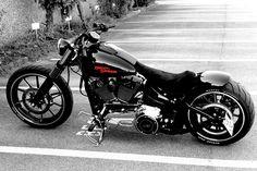 Harley Davidson Breakout Custom, Harley Davidson Road King, Harley Davidson Chopper, Harley Davidson Sportster, Custom Harleys, Custom Motorcycles, Custom Bikes, Vrod Harley, Harley Bikes