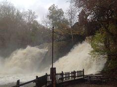 Hoog water zorgt ervoor dat de Watervallen van Coo echt imposant zijn!