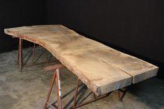 massivholz tischplatte eiche aus einem st ck mit sch ner baumkante l nge 530 cm breite 110 cm. Black Bedroom Furniture Sets. Home Design Ideas
