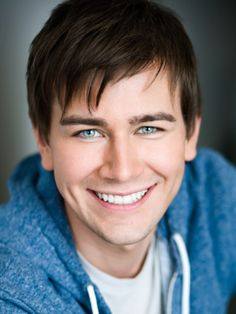 Torrance Coombs = Blue eyes + Dimples~> I'll take one please!!!!!