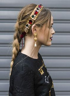 Bobby pins are bae 4 Embellished Hair Accessories to Spice Up the Worst Bad Hair Day Hair Accessories For Women, Bridal Hair Accessories, Head Accessories, Pink Und Gold, Alice Band, Headband Hairstyles, Thin Hairstyles, Hairstyles 2016, Men's Hairstyle