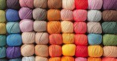 Tricot : 10 boutiques en ligne pour acheter de la laine