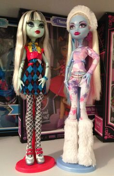 Frankie Stein and Abby Abominable - Monster High Dolls All Monster High Dolls, Arte Monster High, Monster High Abbey, Monster High Birthday, Love Monster, Monster Dolls, Custom Barbie, Custom Dolls, Personajes Monster High