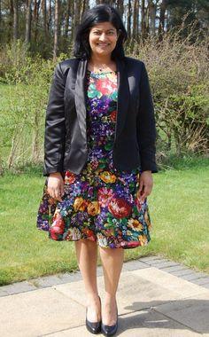 White Tree Fabrics - Lace and Fabric Le Smoking, Smart Jackets, Smart Dress, Tuxedo Jacket, Princess Seam, Silk Top, Black Satin, Fashion Show, Vogue