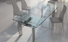 Expandable dining tables serve a big dose of style to any dining room : Designbuzz
