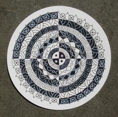 Zendala ~ Sue's tangle trips: circle string - black and white, Sue Jacobs