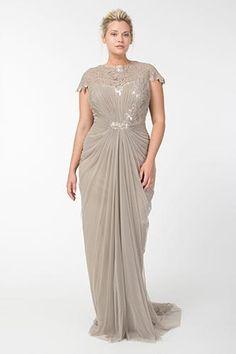 14 amazing dresses for the plus-size bride