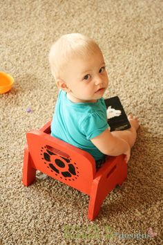 Do It Yourself Baby Chair for $5. Easy for baby to get in and out of and move around.