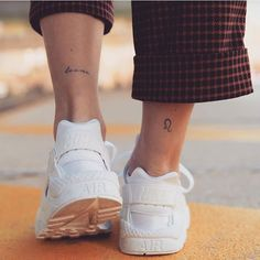 30 Beautigul Tiny Foot Tattoo Design For Your First Tattoo Placement For Woman - - small words tattoo on foot, tiny words tattoo, Small unique foot tattoo design for woman, female fo -