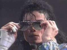 Love this close up w/his glasses :) Such a statement when he took them off. :)