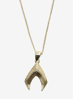The war is coming to the surface, so show your support for Aquaman in his battle to gain the throne. This gold tone necklace from Aquaman features his iconic symbol. AlloyChain: with extenderImported Hand Bracelet With Ring, Ring Bracelet, Loki Scepter, Aquaman Logo, Cuff Earrings, Shell Necklaces, Earring Set, Dc Comics, Arrow Necklace