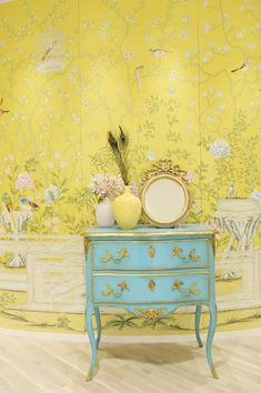 Wonderland Philosophy: More Chinoiserie interiors with de Gournay wallpaper.